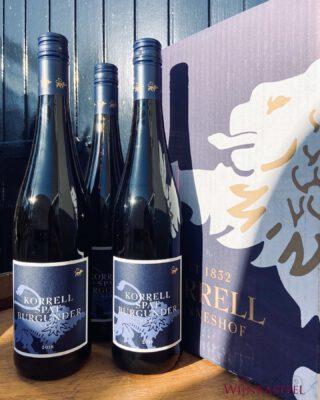 HAPPY THURSDAY ☀️ • • • #korrell #germanwines #spätburgunder #weingutkorrell #happythursday #thursday #winelover #almostweekend #hetwijnkasteel